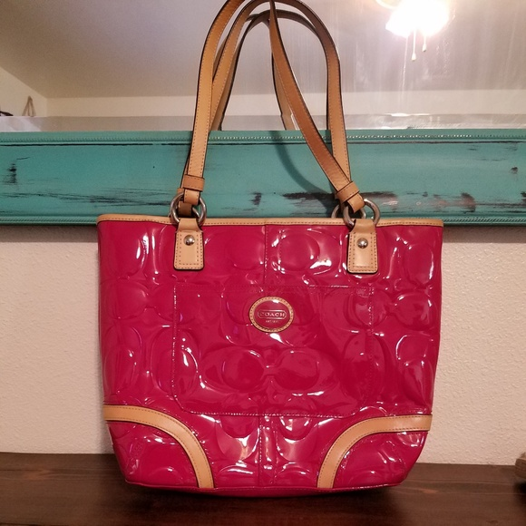 81080a2f110 Coach Bags   Pink Patent Leather Peyton   Poshmark
